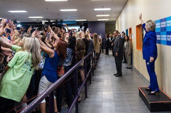 hill-selfies