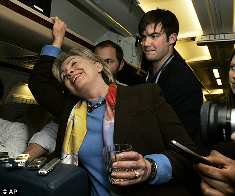 clinton-drinking1