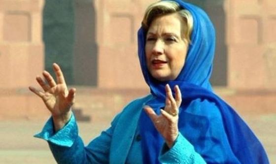 hillary-in-hijab
